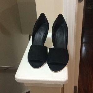 Shoes, pumps